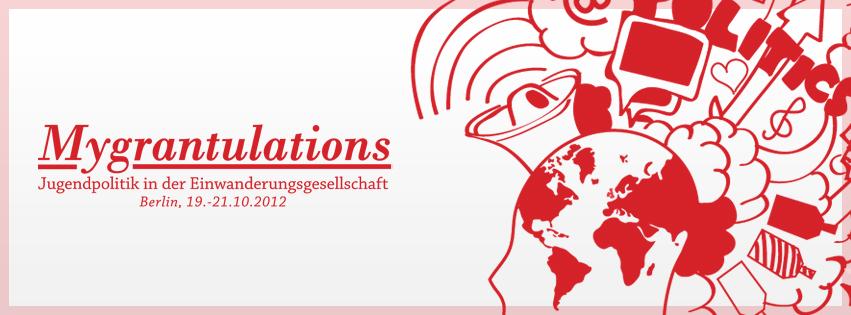 Mygrantulations-Logo in roter schrift auf weißem Hintergrund
