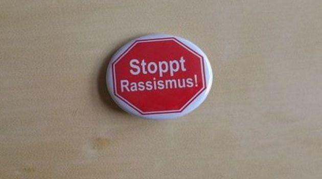 Stoppt-Rassismus-slidaI